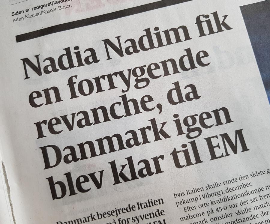 Foto af en overskrift i Politiken 28 okt 2020