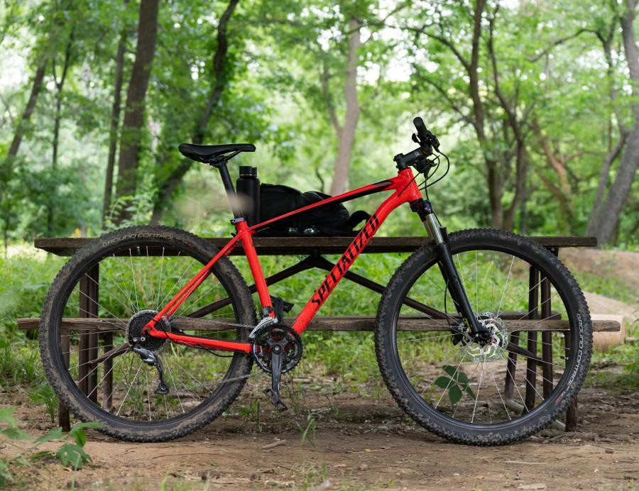 Foto cykel i skoven. fra flickr
