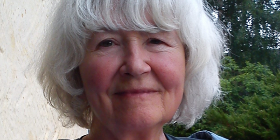 Lokal forfatter Lone Hvass